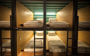 capsule-by-container-hotel-004-medium